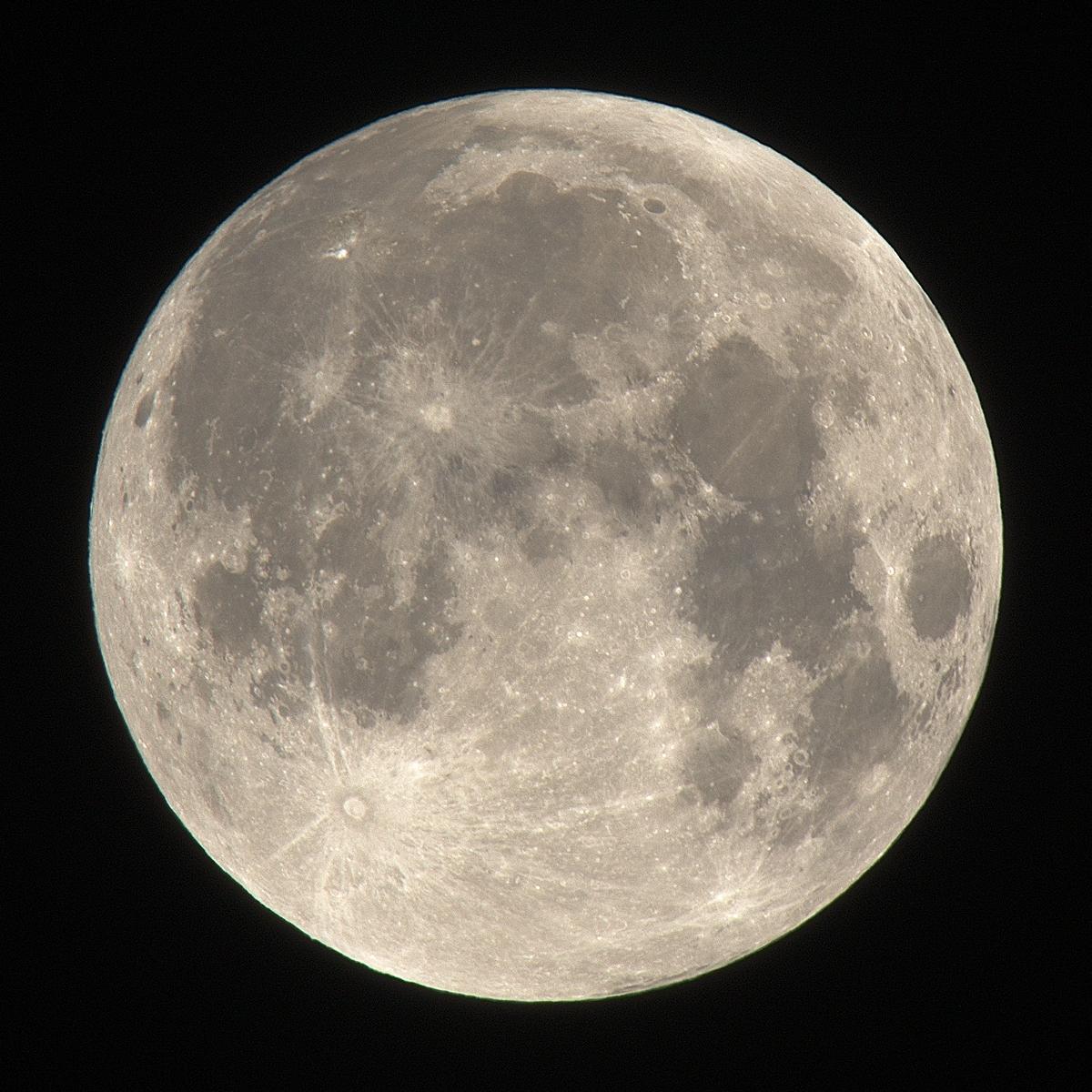 IMAGE(http://nival.free.fr/photos/natural_moon.jpg)